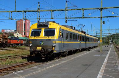 VTA, X12 3216 (94 74 4123 216-4 S-VTA) at Uddevalla Central on 9th June 2014