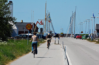 sweden-bike-riders-2