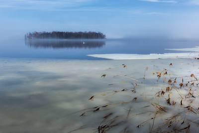 Ice breakup on the lake Hjälmaren, Hampetorp, Sweden