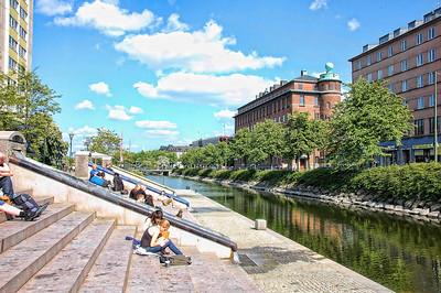 malmo-steps-river