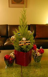 Our Christmas tree w/cousin Eddies RV