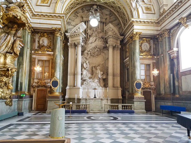 47-RoyalPalace-Chapel_8May18