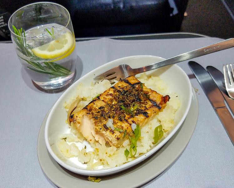 85-SAS-BusinessClass-Dinner_6May19