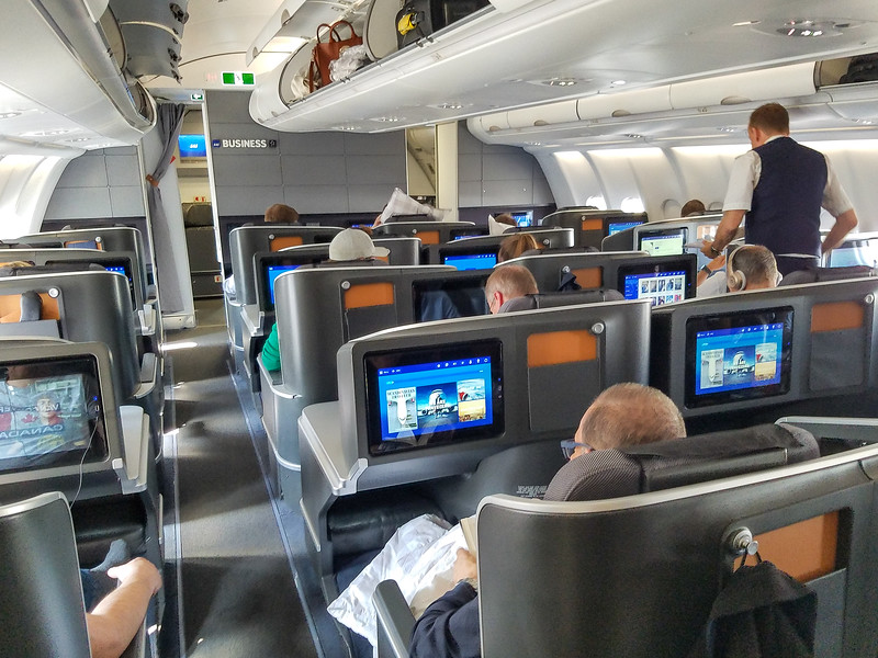 38-SAS-plane-BusinessClass_6May19