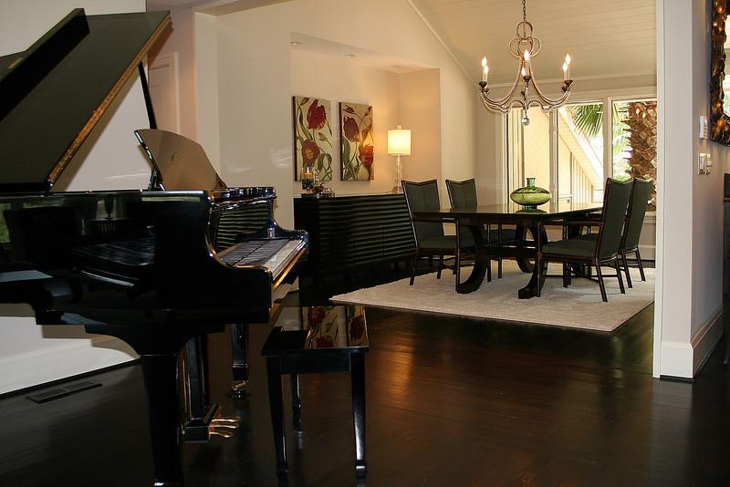 dining room 6382