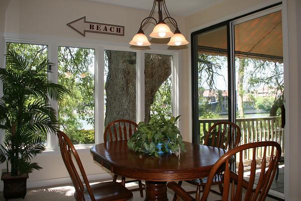 s Newport Villas dining room 91