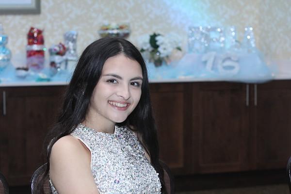 2017 Bella Sweet Sixteen