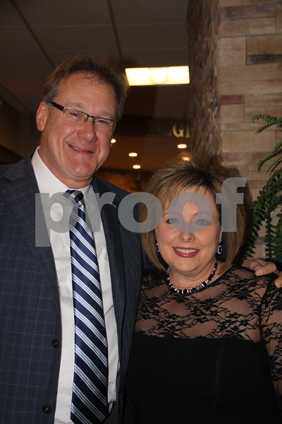 On Saturday, March 5, 2016, Starlite Village in Fort Dodge, hosted the Sweetheart Gala to raise money for the Heart Association. Jolene Ronconi and Scott McQueen were attending the evening's event.