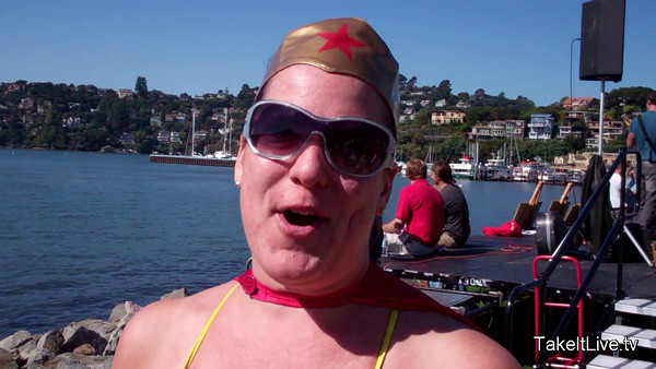 Kelly Wears a Cape and Swims the 2011 Tiburon Mile