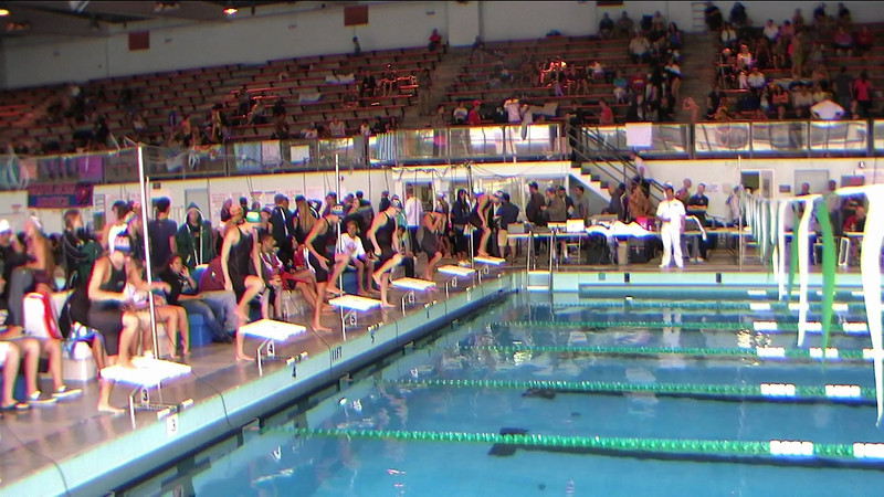 Women's 100yd IM Heat 1