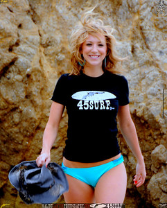malibu swimsuit model beuatiful woman bikini 977.435.34.5