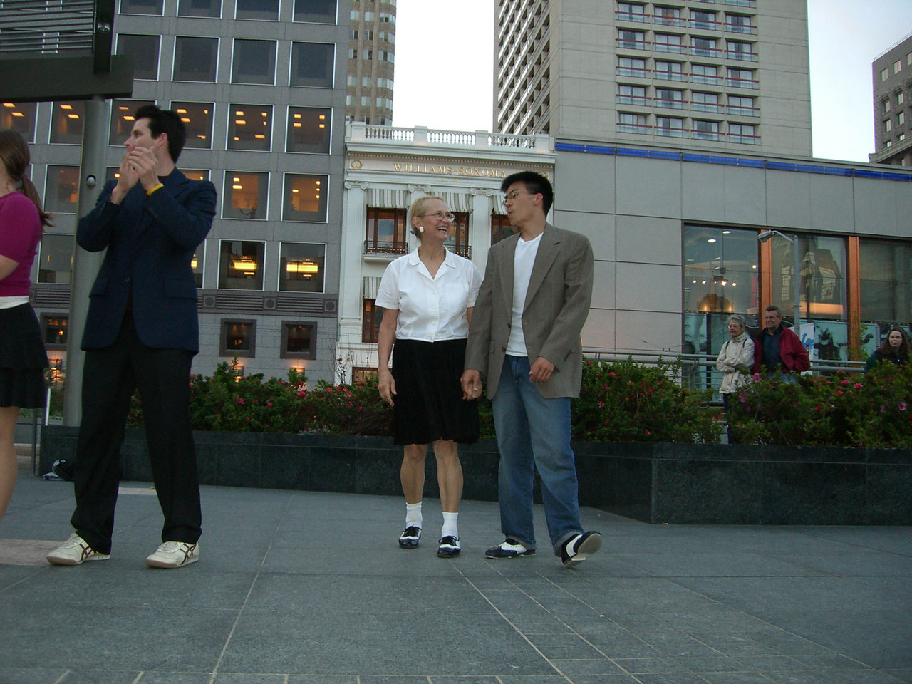 2006 05 03 Wed - Sharon Crocker & Ben Yu after Union Square 'Jam Session' performance 2