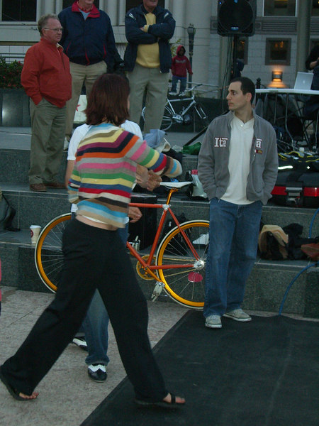 2006 05 03 Wed - Lindy In The Square - Shawna takes out Ben Yu's shin
