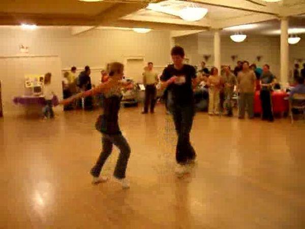 Swing-Lindy Hop