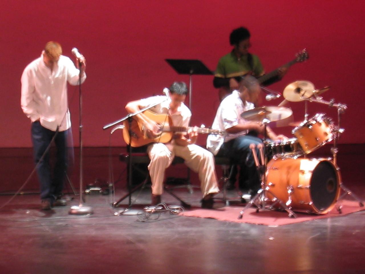 2003 11 15 Saturday - The Movement Showcase - Interlude riff 2