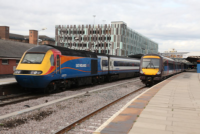 East Midlands Trains 43073 and Arriva Cross Country 170639 at Nottingham - Tom Smith image used with permission
