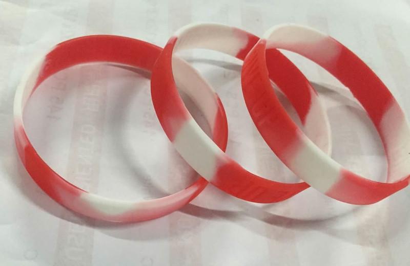 ริสแบนด์ swirl-segment