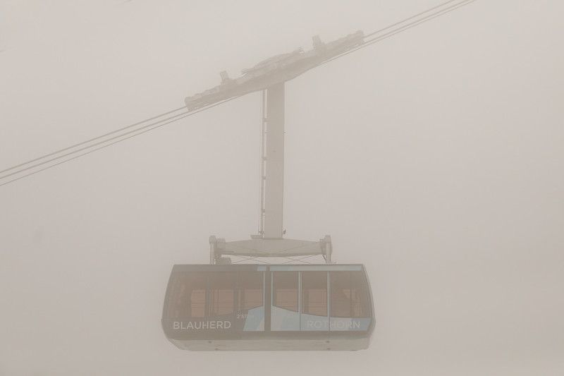 The lift from Blauherd to Rothorn in the clouds