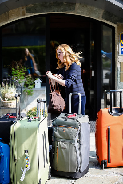 Maggie looking for her luggage