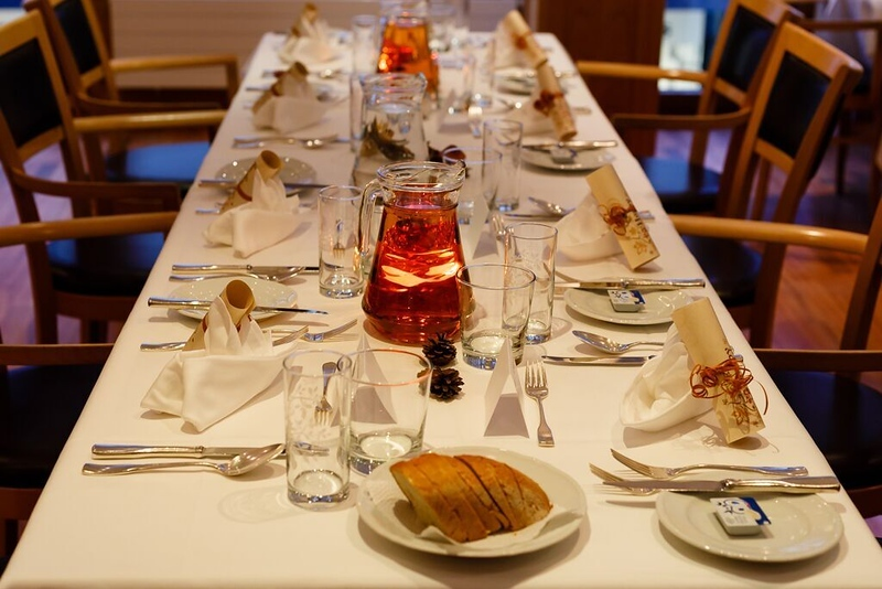 Thanksgiving Dinner setting at Hotel Pollux