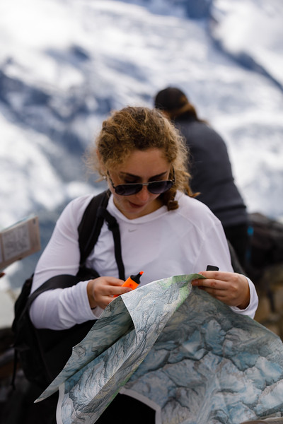 Serena marking her map at Gornergrat