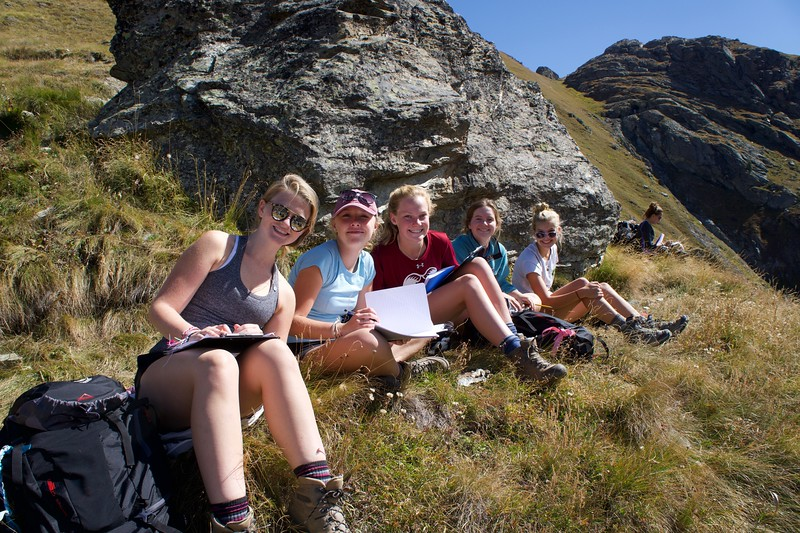 Laine, Liza, Ellie, Terra, and Maddie drawing the glacier features below