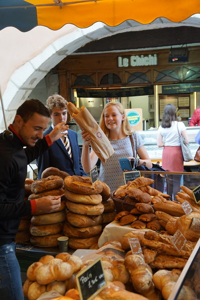 Edward and Ellie getting baguettes for lunch