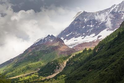 Gletscherspitza, Lonzahörner