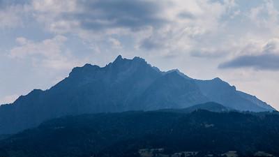 Cloudy afternoon - Lucerne, Schweizerhofquai