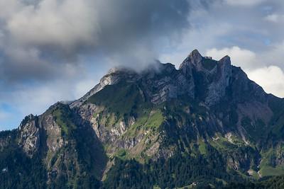 Matthorn (im Nebel), Esel, Oberhaupt