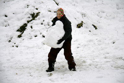 The second exciting winter activity Anj invented that day: snowman lifting.
