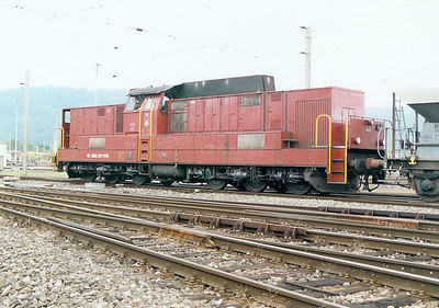 2) 18522 at Limmattal Yard on 6th September 2003