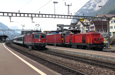 11133 & 18438 at Erstfeld on 15th September 2009