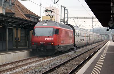 460 117 at Romont on 15th September 2009