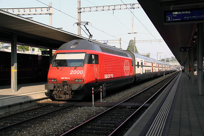 460 103 at Spiez on 11th September 2009