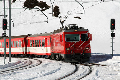 MGB, 103 at Oberalpass on 15th February 2008 (2)