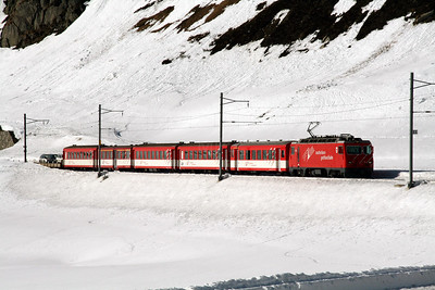 MGB, 103 at Oberalpass on 15th February 2008 (1)