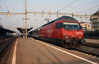 460 072 at Renens VD on 13th February 2008