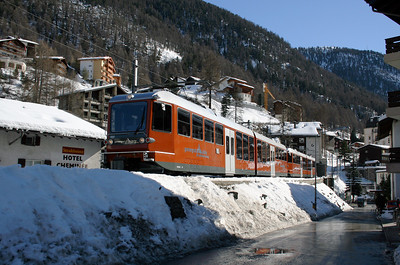GGB, 3081 at Zermatt on 14th February 2008 (2)