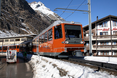 GGB, 3082 at Zermatt on 14th February 2008 (2)