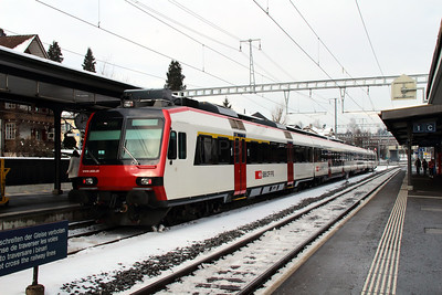 50 85 39 43 825-1 at Sursee on 15th February 2013