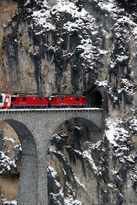 2) RhB, 628 & 632 on Landwasser Viaduct on 15th February 2013