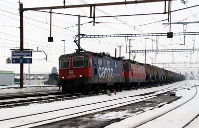 420 276 & 11317 at Oensingen on 15th February 2013