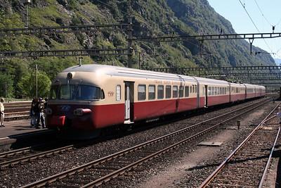 1053 at Biasca on 8th September 2007 (2)