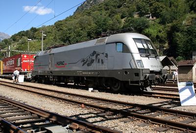 Hupac, ES 64 U2 100 (182 600) at Biasca on 8th September 2007 (1)