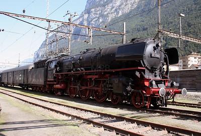 steam, 01 1066 at Erstfeld Depot on 8th September 2007