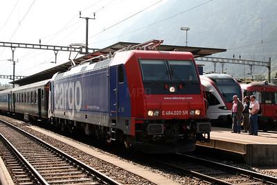484 020 at Erstfeld on 8th September 2007