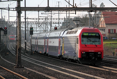 450 056 at Rupperswil on 19th January 2011