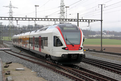2) 523 036 at Hendschiken on 19th January 2011 working 7350, 1252 Rotkreuz to Lenzburg