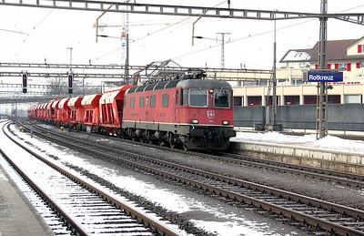 2) 11610 at Rotkreuz on 26th January 2011